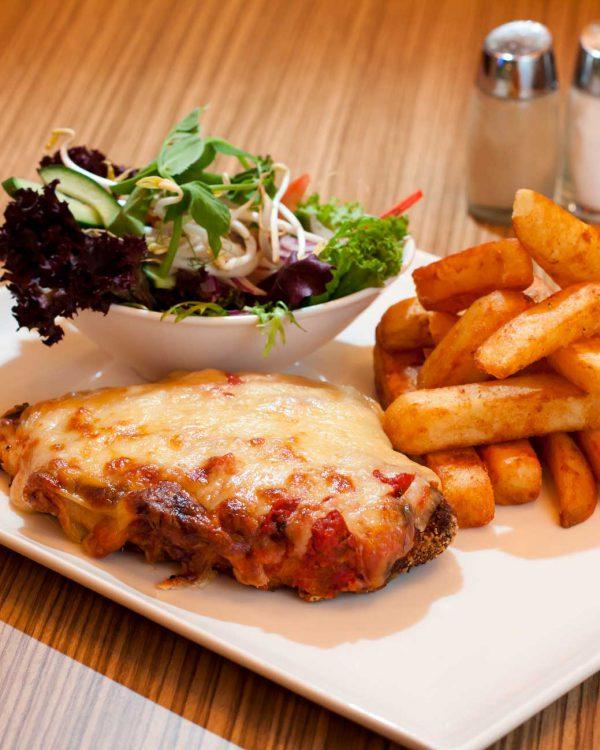 Food_Chicken_Parmagiana